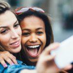 Kłopotliwy przedni aparat – nowe sposoby umieszczenia go w smartfonach