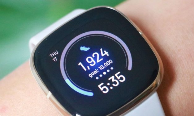 Smartwatch z pulsoksymetrem. Zadbaj o zdrowie w trudnym okresie.